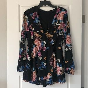 Cotton Candy LA Long Sleeve Floral Romper NWT